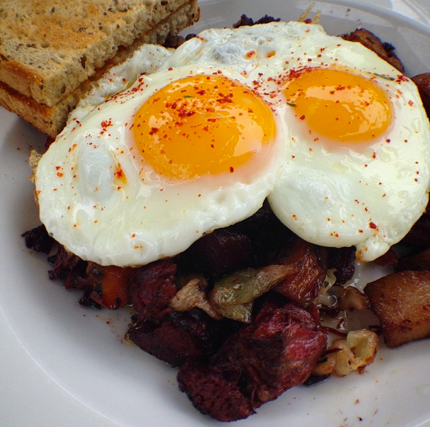 food-hash-and-eggs